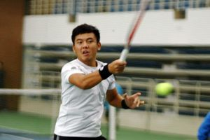 Lý Hoàng Nam thua ngược trước tay vợt từng lọt top 200 thế giới