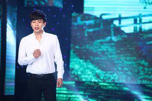 Hồ Quang Hiếu lãng tử với bài hát 'Xe Đạp Ơi'