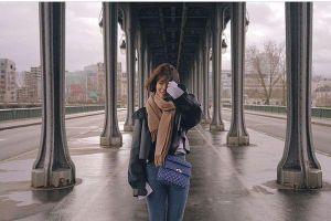 Park Shin Hye tươi như hoa tại Paris, Sulli thay bạn như thay áo: 'Đêm đầu tiên với Mina (AOA)'