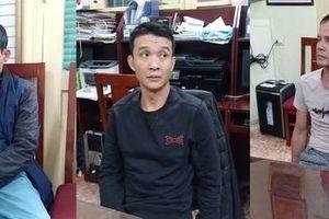 Hà Nội: Ba đối tượng dùng dao dàn cảnh trộm đồ còn chống trả công an