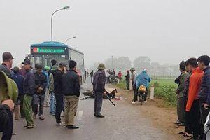 Va chạm với xe buýt, người đàn ông đi xe máy tử vong tại Hà Nội