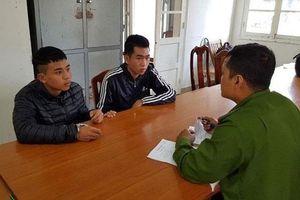 Lên Đà Lạt chơi, 2 thanh niên cướp giật tài sản của khách nước ngoài