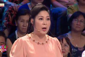 NSND Hồng Vân: 'Chắc chị Lan Hương cũng kinh hãi trước một con fan cuồng như tôi'