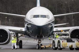 Cổ phiếu Boeing rớt giá mạnh sau vụ rơi máy bay Ethiopia