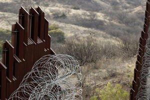 TT Trump đề nghị chi 8,6 tỷ USD xây tường biên giới Mexico