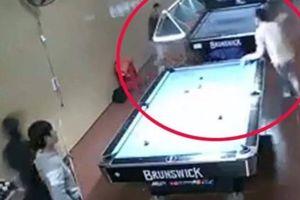 Truy bắt nghi phạm vụ nam thanh niên bị chém lìa tay trong quán bi-a