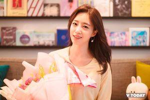 Eun Jung cũng có lúc hậu đậu nhưng vẫn vô cùng đáng yêu khi ở Việt Nam