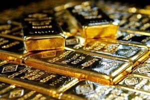 Vàng thế giới trở nên hấp dẫn hơn nhờ đồng USD suy yếu