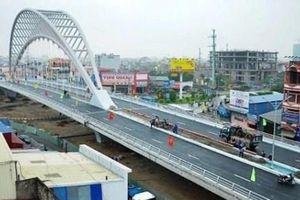 Một số loại xe được lưu thông qua cầu vượt đường Hồ Sen-Cầu Rào 2