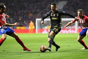 Juventus - Atletico: 'Lão bà' không còn đường lui