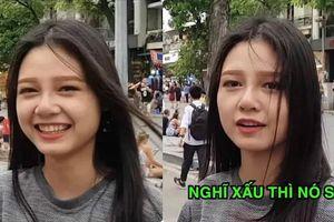 Bị 'bắt cóc' giữa đường để phỏng vấn, cô gái bất ngờ được truy tìm vì nụ cười ấn tượng