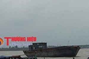 Hà Tĩnh: Phát hiện tàu hàng Trung Quốc trôi dạt trên biển