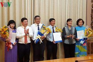 TPHCM hợp nhất văn phòng Đoàn ĐBQH và HĐND, công bố quyết định nhân sự
