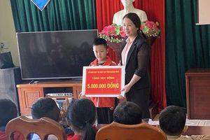 Một học sinh lớp 2 tỉnh Quảng Ninh được Bộ trưởng Bộ Giáo dục và Đào tạo gửi thư khen