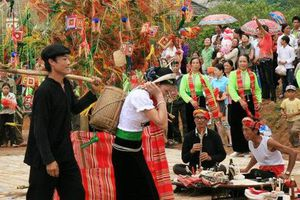 Nhiều hoạt động văn hóa đặc sắc tại Lễ hội Hết Chá Mộc Châu 2019