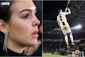 Bạn gái xinh đẹp khóc nức nở nhìn Ronaldo thăng hoa