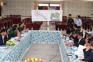Hội đàm nâng cấp cặp cửa khẩu Khánh Bình-Chrey Thom thành cửa khẩu quốc tế