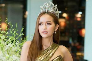 Dàn mỹ nhân hot nhât showbiz hội tụ trong Lễ công bố bản quyền Miss Supranational và Mr Supranational