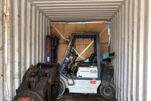 Xem xét khởi tố vụ nhập lậu 1 container hàng bách hóa