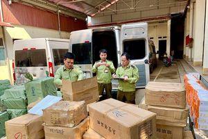 Lạng Sơn: Thu giữ 7.700 sản phẩm mỹ phẩm nhập lậu