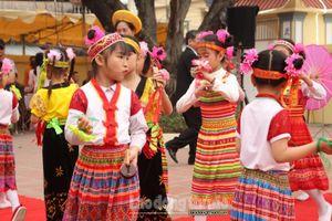 Khai mạc lễ hội truyền thống làng Vĩnh Ninh