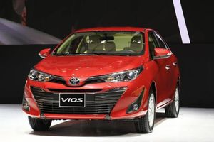 Toyota Vios khuyến mại khủng để khẳng định 'ngôi vương'