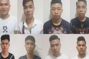 Hà Nội: Bắt nhóm 20 đối tượng mang súng đi giải quyết mâu thuẫn