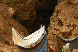 Sập hầm khai thác quặng thiếc, 3 người chết