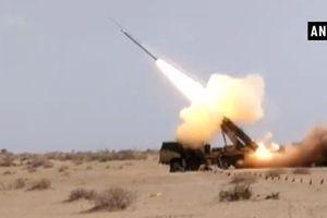 Ấn Độ thử nghiệm pháo phản lực sau khi Pakistan tung 'vũ khí thông minh'