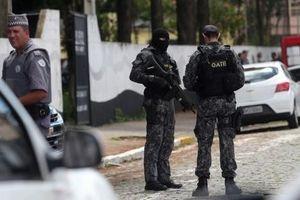 Hai thiếu niên xả súng khiến nhiều người thương vong, rồi tự sát ở Brazil