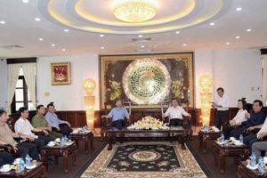 Bộ trưởng Bộ Công an Tô Lâm làm việc với Ban Thường vụ Tỉnh ủy Bạc Liêu