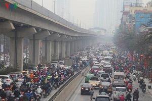 Hà Nội có vội khi cấm xe máy đường Lê Văn Lương-Nguyễn Trãi?
