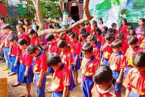 Lễ tưởng niệm sự kiện Gạc Ma tại ngôi trường trên đỉnh Trường Sơn