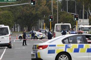 Nóng: ngay sau xả súng khiến hàng chục người chết, New Zealand tiếp tục bị đánh bom?