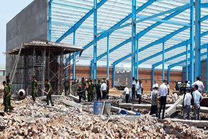Kinh hoàng: 5 người tử vong do sập tường ở Vĩnh Long