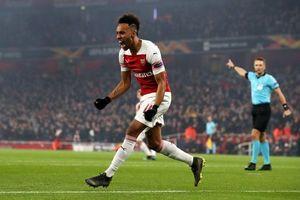 Aubameyang rực sáng, Arsenal ngược dòng thành công tại Europa League