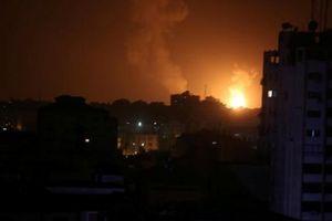 Israel hứng tên lửa từ Gaza, Iran hoàn thiện mục đích Syria