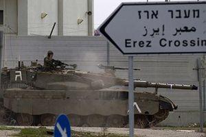 Trả thù cuộc pháo kích từ Dải Gaza, Israel nhanh chóng tập kích 100 mục tiêu
