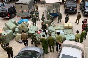 Lạng Sơn: Vây bắt số lượng lớn hàng nhập lậu