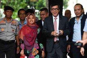 Báo chí Indonesia khó hiểu khi Siti Ayesha được thả còn Đoàn Thị Hương thì không