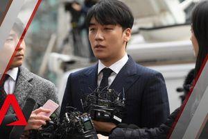 Seungri mệt mỏi sau 16 tiếng bị cảnh sát thẩm vấn, Jonghyun (CNBLUE) cuối cùng cũng thừa nhận tham gia groupchat tình dục