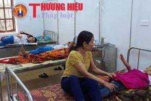 Hà Tĩnh: 8 học sinh bị ngộ độc sau khi ăn sáng trước cổng trường