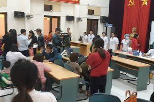 400 trẻ mầm non ở Bắc Ninh về Hà Nội làm xét nghiệm bệnh sán lợn