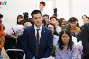 Toàn cảnh phiên tòa xử vụ kiện tranh chấp tác quyền vở diễn 'Ngày xưa'