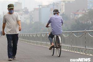 Hà Nội có đường đi bộ dài 4km ven sông Tô Lịch, dân bịt khẩu trang tránh mùi hôi