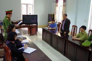 Ăn chặn tiền khoán bảo vệ rừng, Chủ tịch xã bị khởi tố