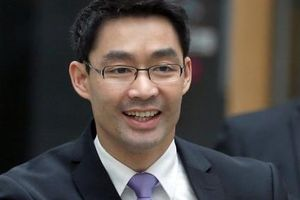 Cựu Phó Thủ tướng Đức về Việt Nam đầu quân cho VinaCapital