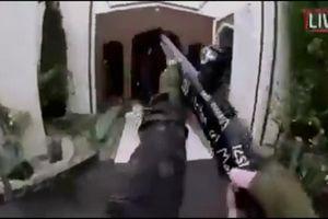Thanh niên 'anh hùng' giật súng của kẻ tấn công đền thờ Hồi giáo New Zealand