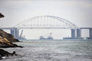Nga tuyên bố đáp trả thiết thực lệnh trừng phạt mới của Mỹ và Canada