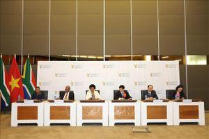 Việt Nam - Nam Phi nhất trí tăng cường quan hệ hữu nghị và hợp tác toàn diện